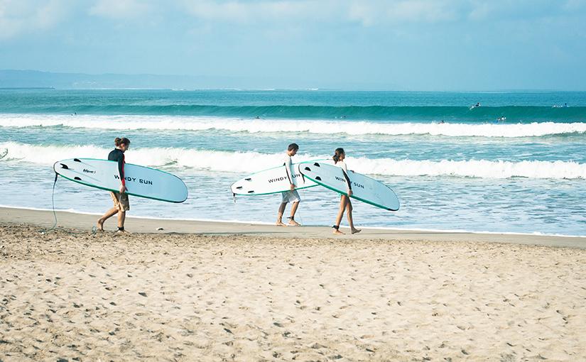 Стать ближе к океану. Серфинг на Бали.