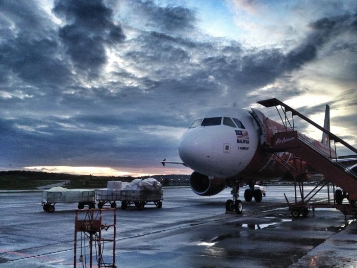 Как добраться до острова Липе: посадка на самолет в LCCT