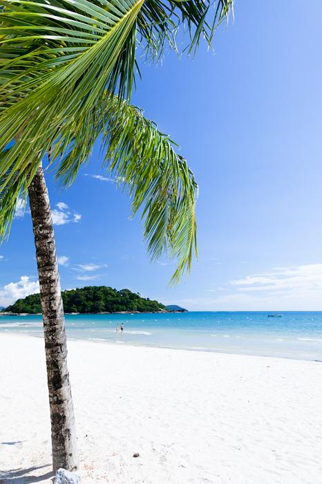 Пляж на острове Лангкави. Малайзия.