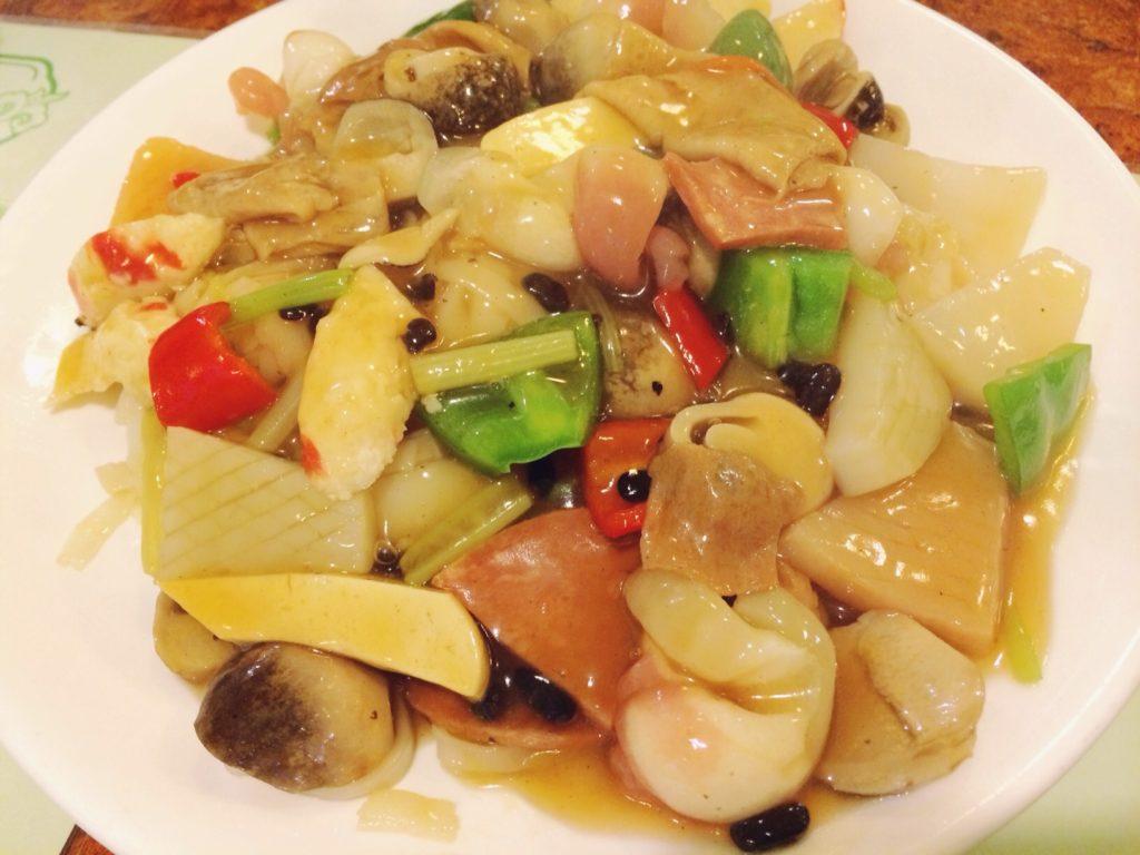 Вегетарианская еда в Китае: Блюдо с имитацией морепродуктов