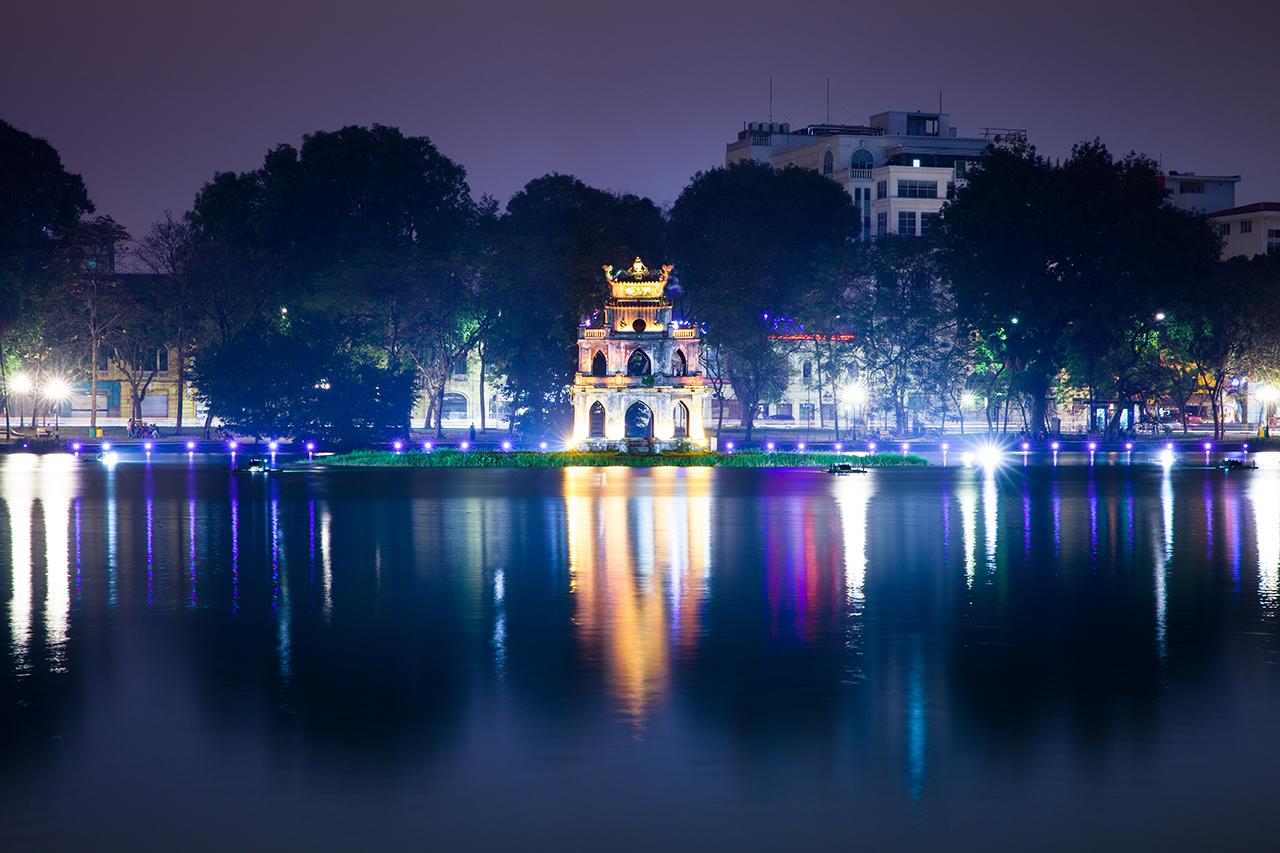 Путешествие по Вьетнаму, Ханой: Черепашья башня