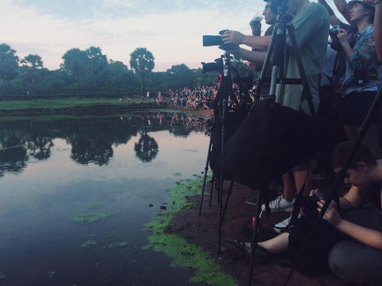 Путешествие по Камбодже: Рассвет над храмом Ангкор-Ват