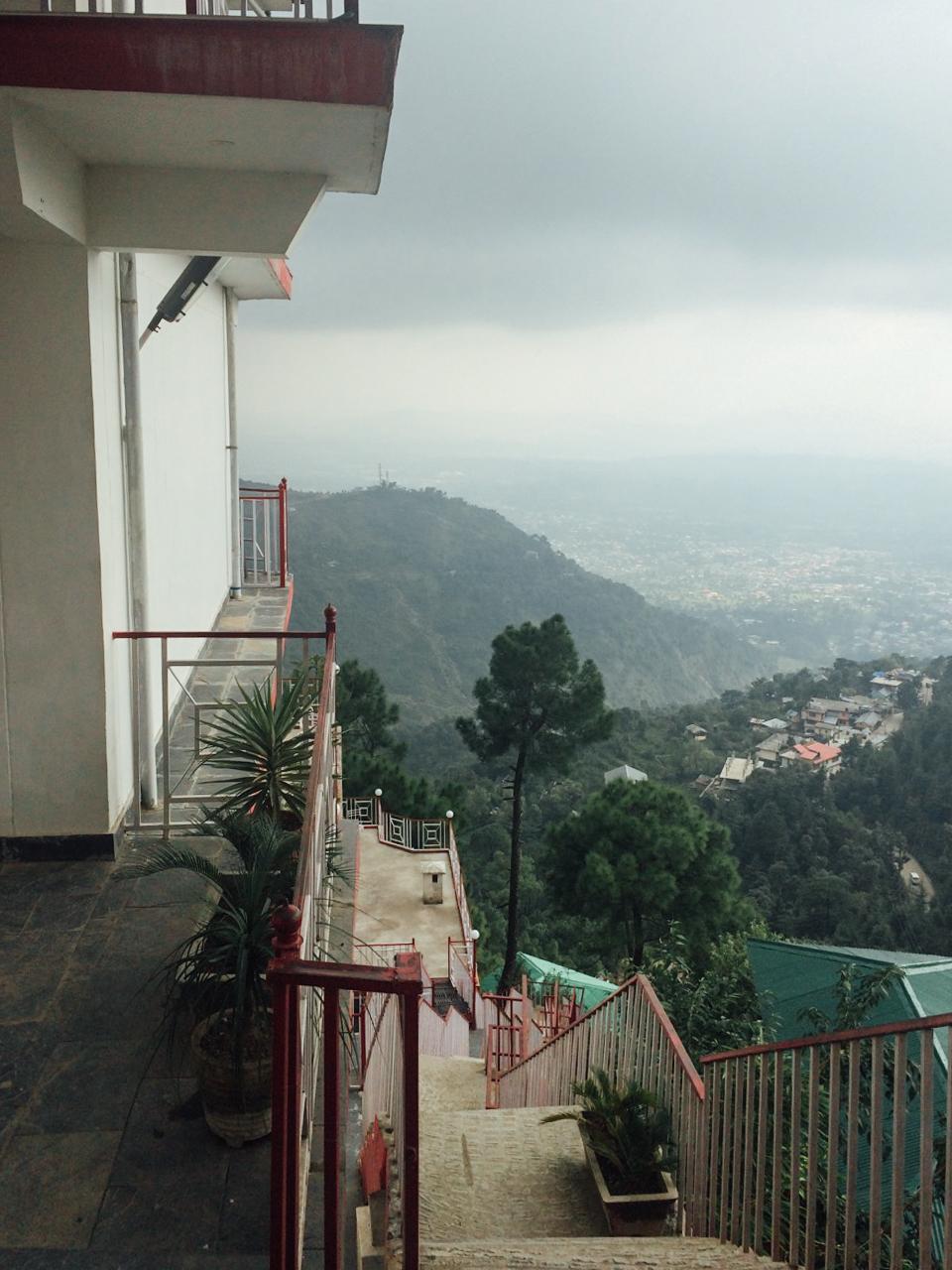 Путешествие по Индии: Дома над обрывом