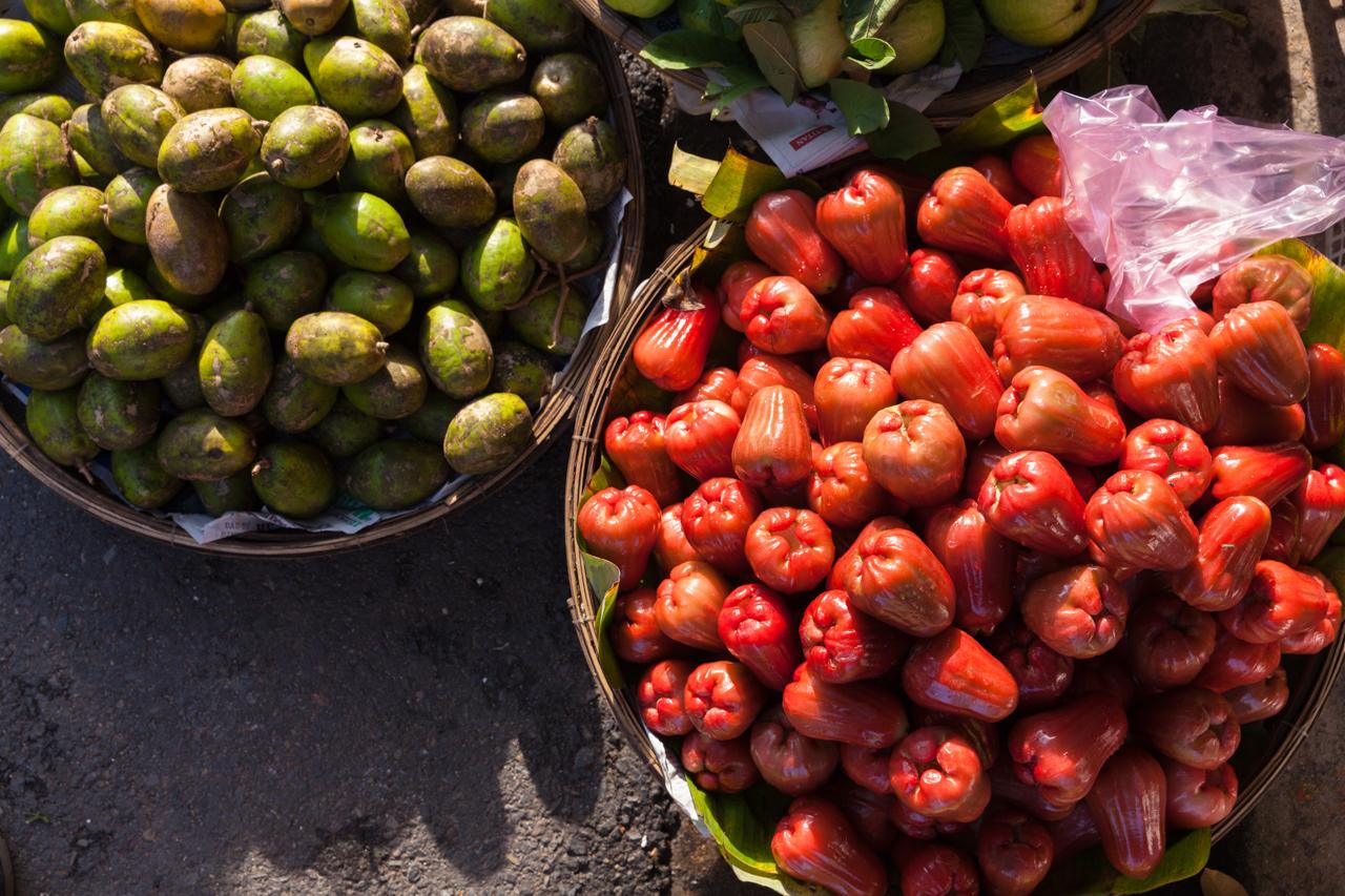 Пробуем фрукты Вьетнама: Яванское яблоко