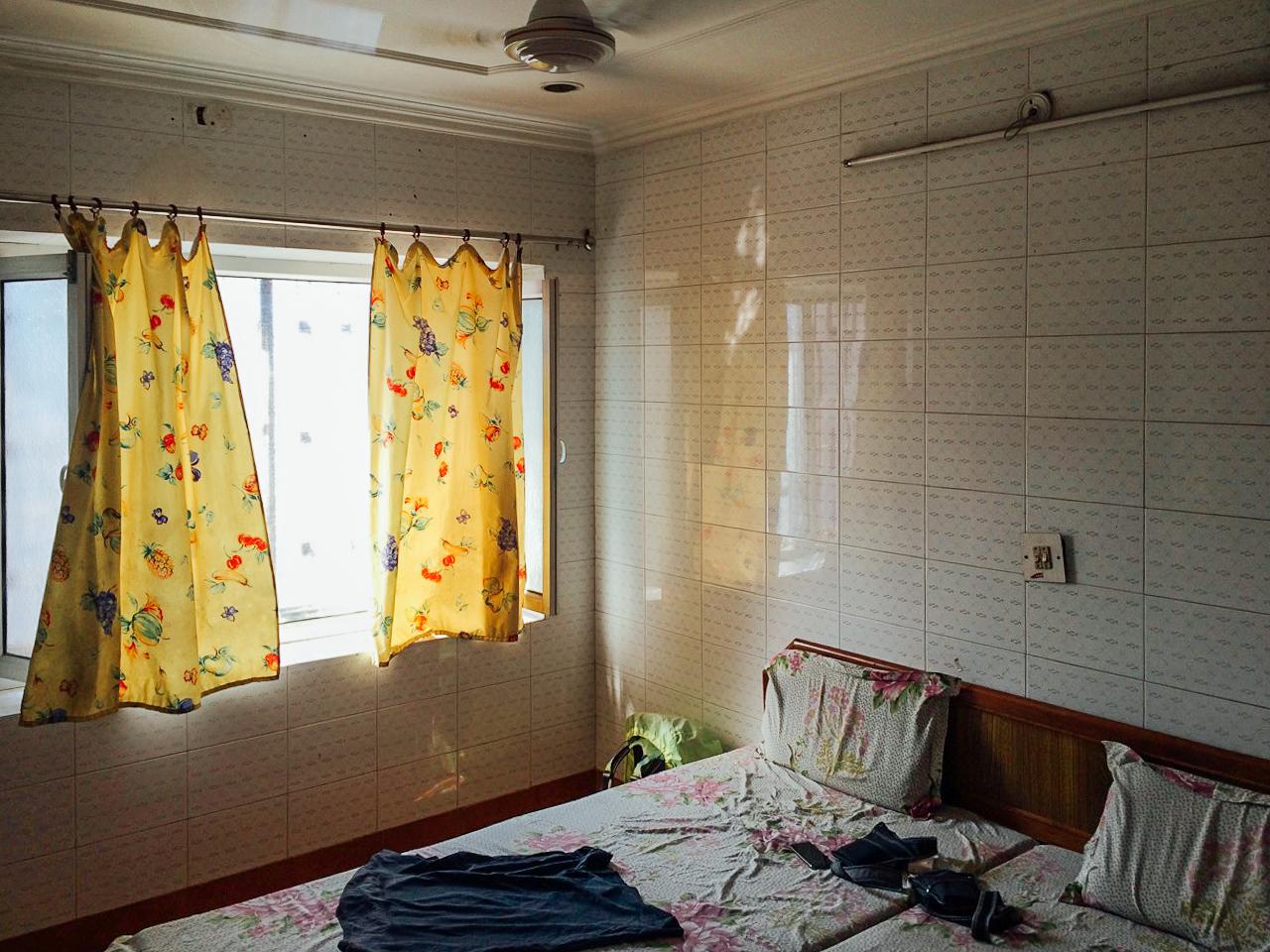Путешествие по Индии: комната в отеле, Агра