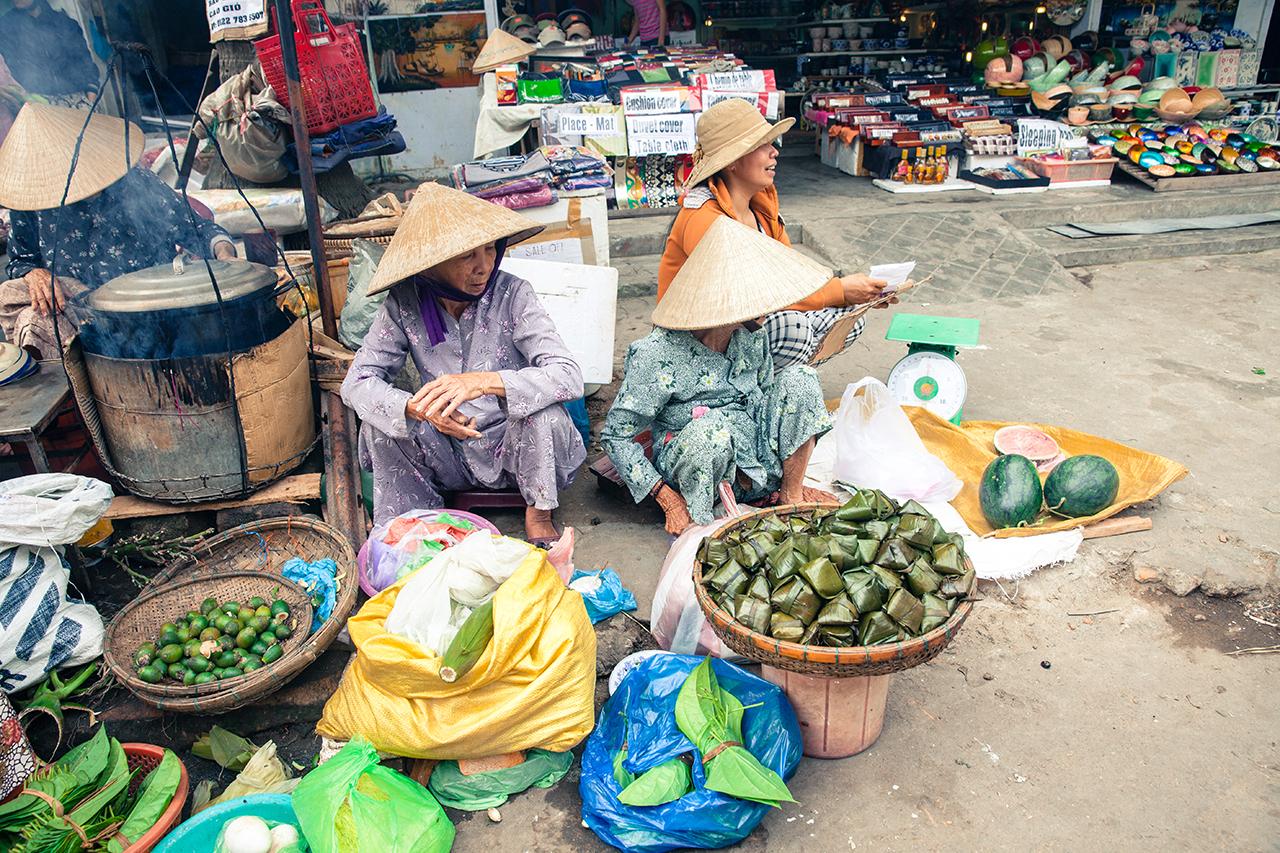 Путешествие по Вьетнаму: Уличный рынок, Хойан