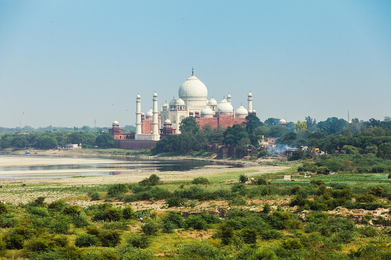 Путешествие по Индии: Вид на Тадж-Махал из Красного Форта, Агра