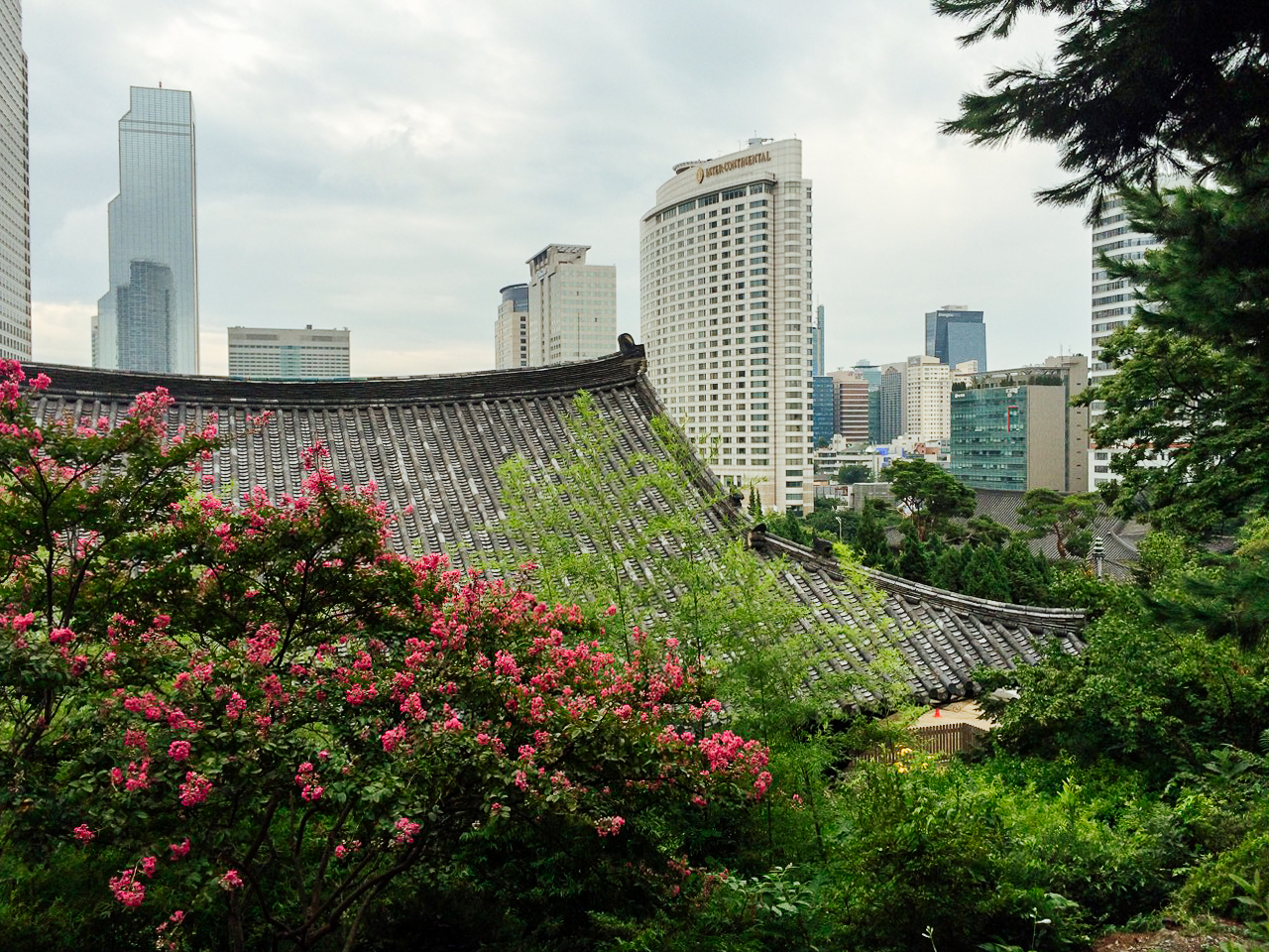 Достопримечательности Сеула: Храм Бонгеун