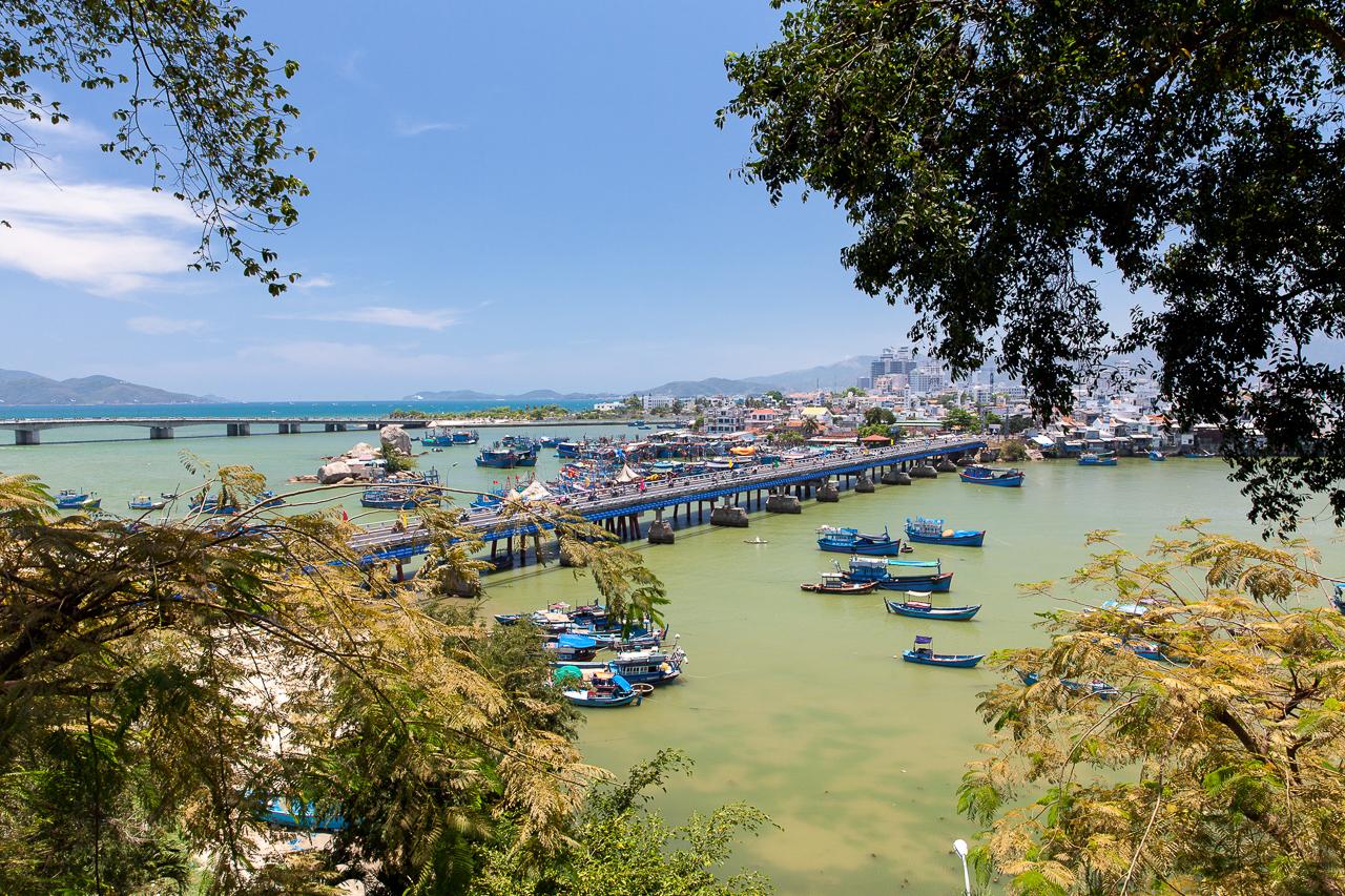 Путешествие по Вьетнаму, Нячанг: Вид на рыбацкий порт
