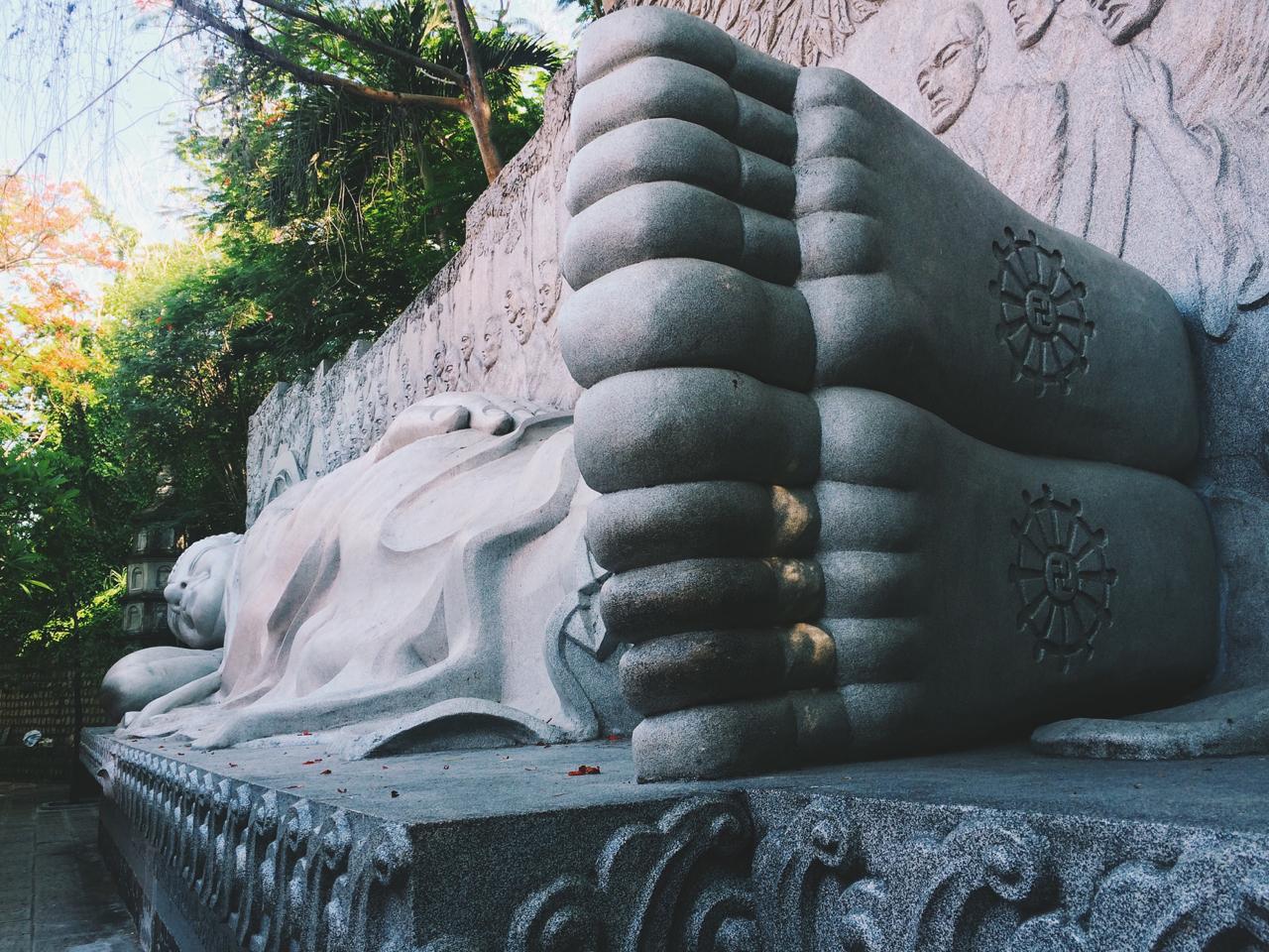 Путешествие по Вьетнаму, Нячанг: Будда в храме Лон Шон