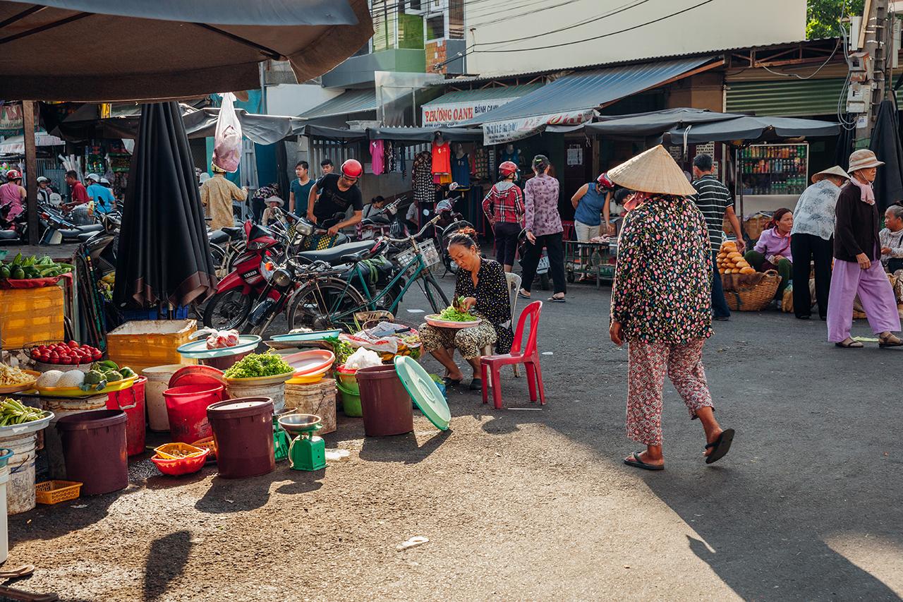 Путешествие по Вьетнаму, Нячанг: Жизнь на местном рынке