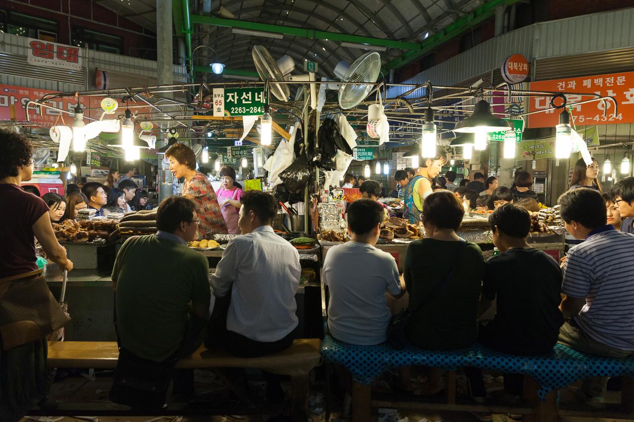 Достопримечательности Сеула: Рынок Кванчжан