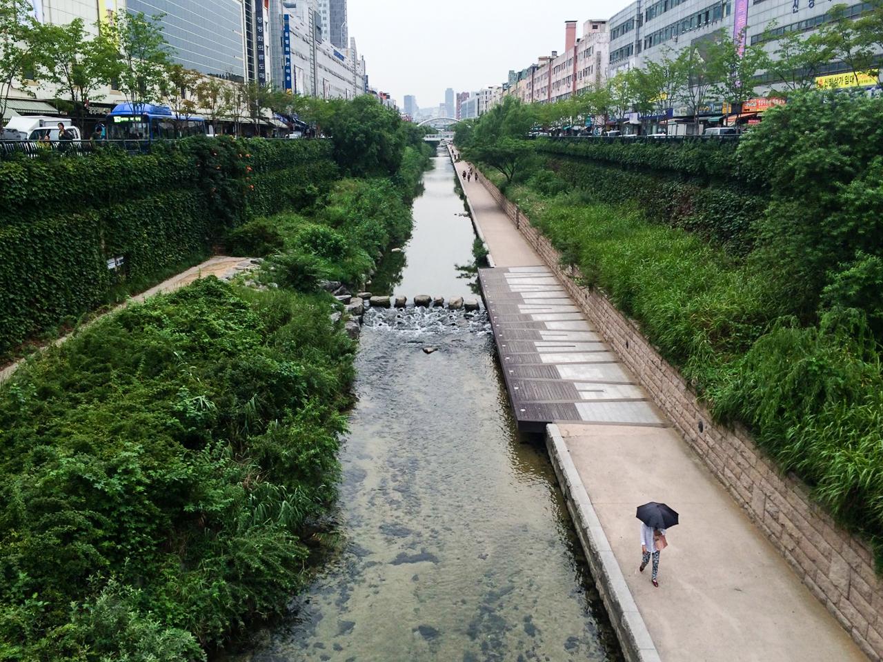 Достопримечательности Сеула: Парк Чхонгечхон