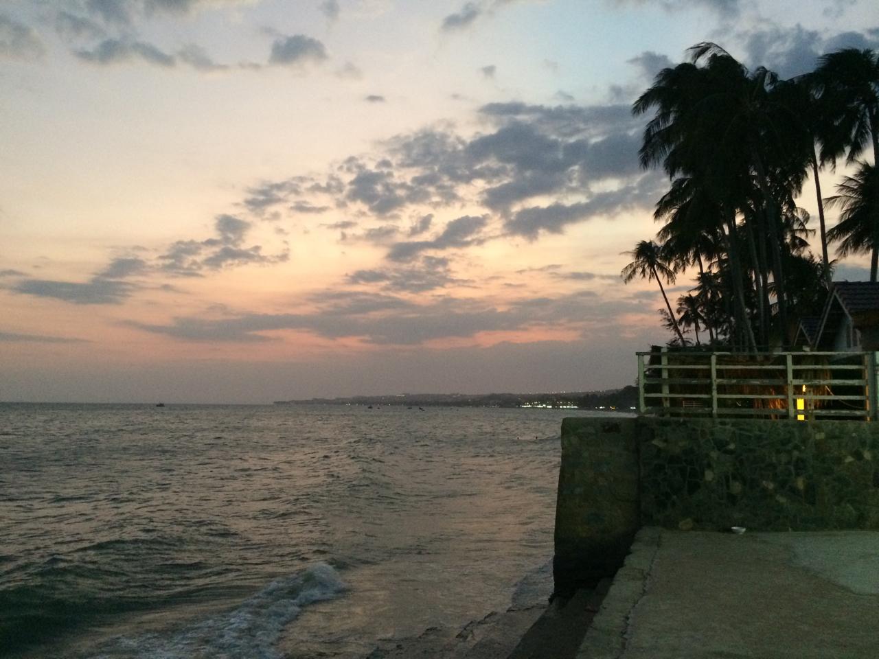Путешествие по Вьетнаму, Муйне: бетонный берег