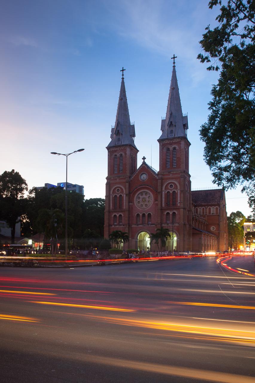 Достопримечательности Хошимина, Вьетнам: Собор Нотр-дам де Сайгон