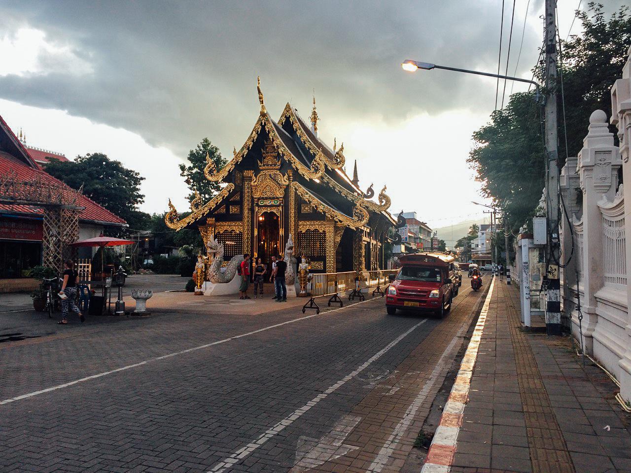 Путешествие по Таиланду, Чиангмай: Улицы Старого Города