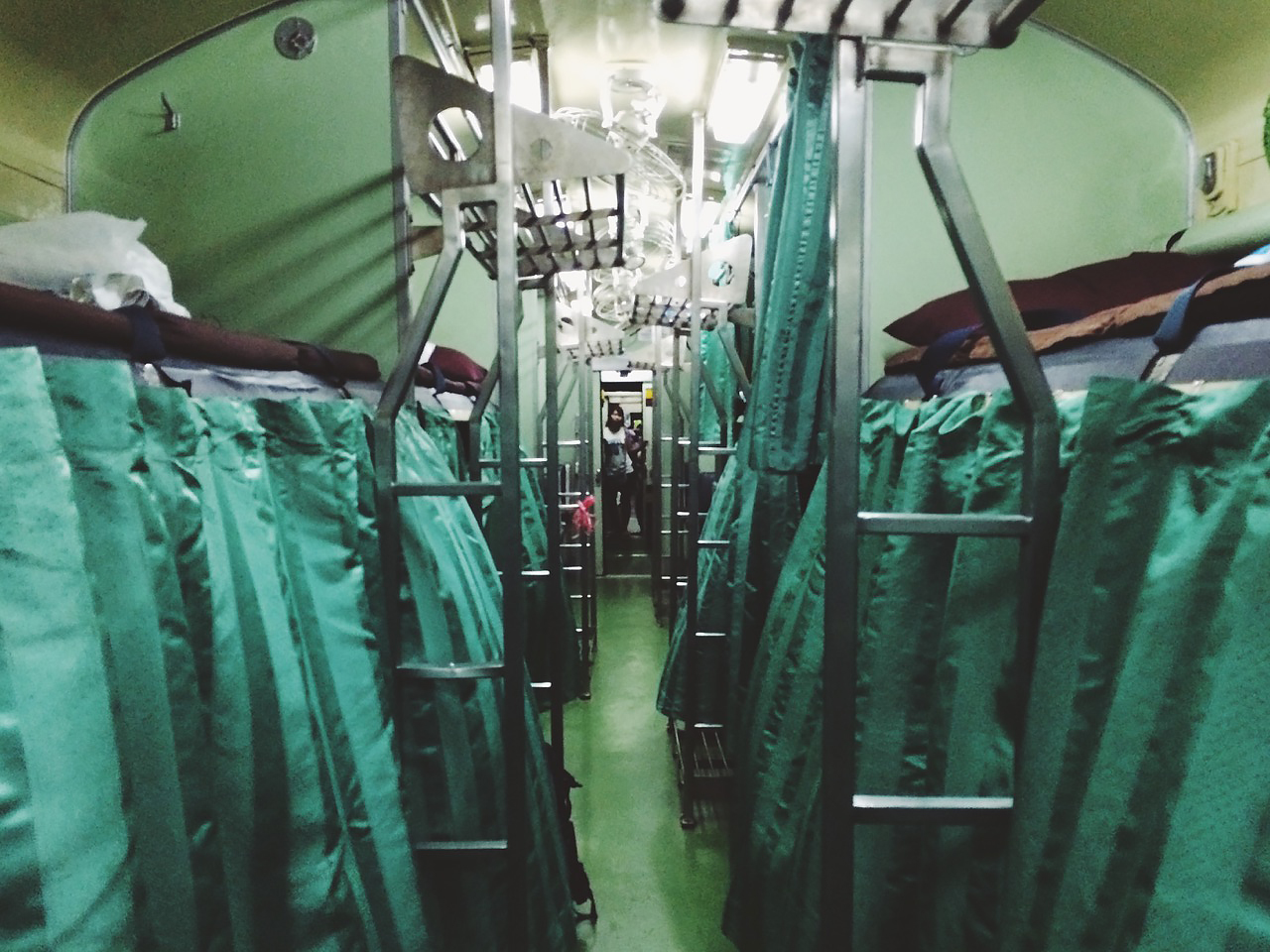 Путешествие по Таиланду, Чиангмай: плацкартный вагон