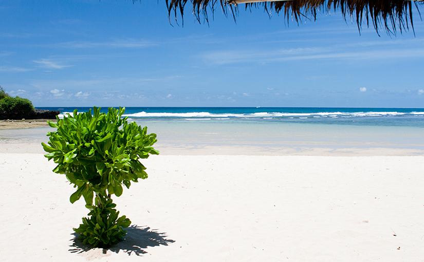 Пляжи юга Бали, Индонезия.