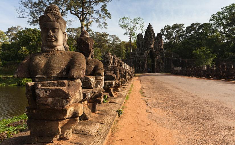 Путешествие по Камбодже. Руины Ангкора в сезон дождей.