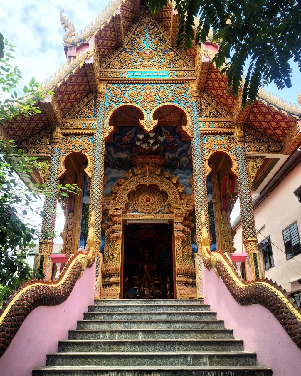Путешествие по Таиланду, Чиангмай: Чиангмай — город храмов (Wat Dub Phai)