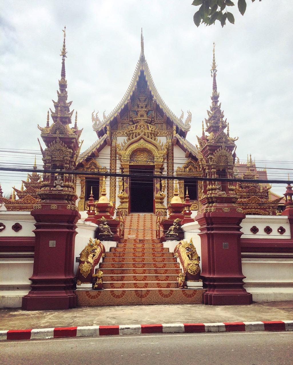 Путешествие по Таиланду, Чиангмай: Wat Khuan Khama