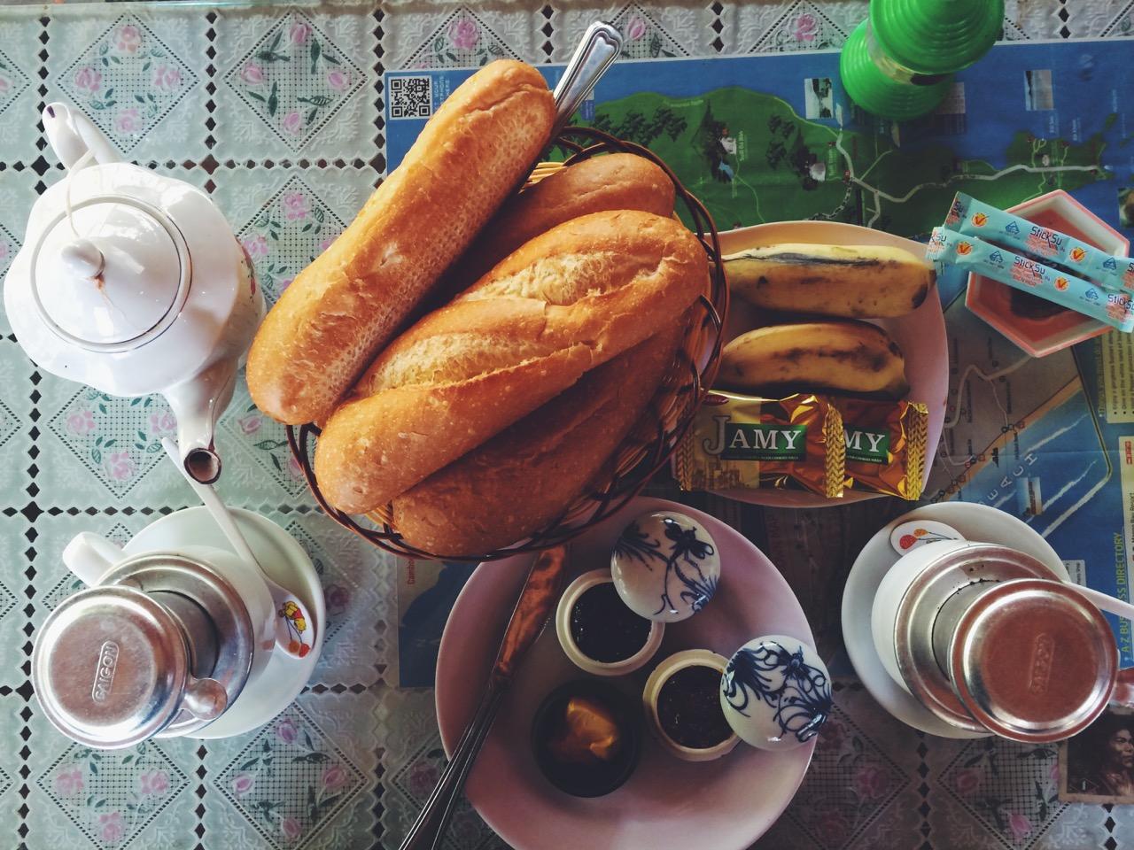 Путешествие по Вьетнаму, Фукуок: Завтрак, входил в стоимость бунгало