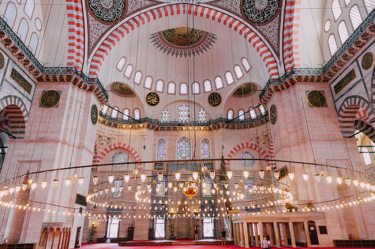 Стоповер в Стамбуле. День 2: Мечеть Сулеймание внутри