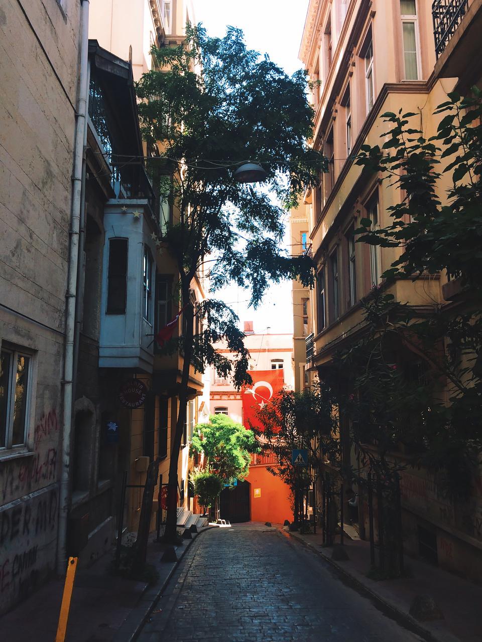 Стоповер в Стамбуле. День 3: Узкие и крутые улочки