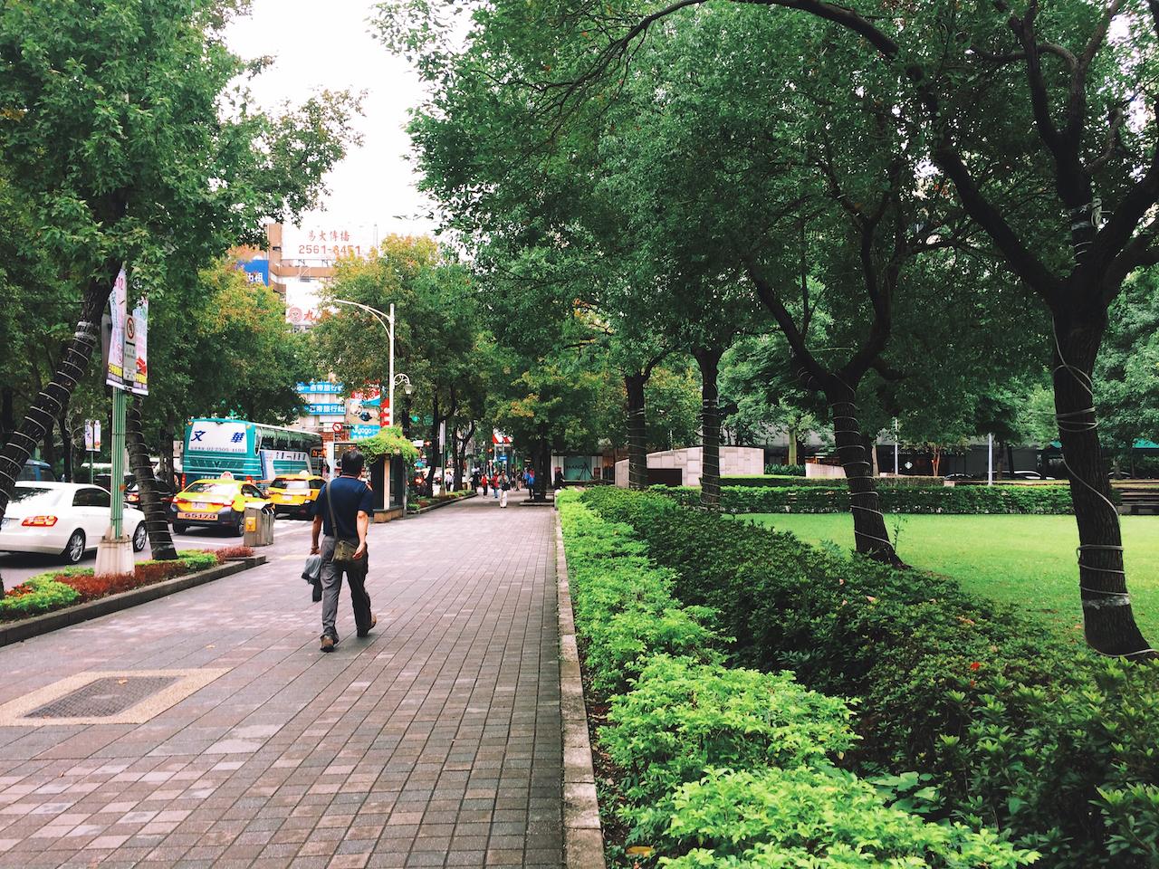 Широкие пешеходные зоны в Тайбэе