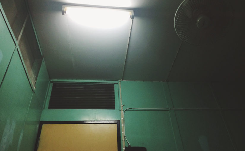 Топ 5 самых ужасных комнат за всё время наших бюджетных путешествий.