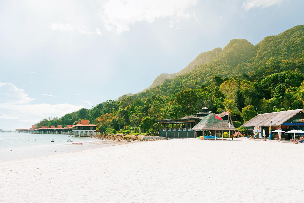 Топ самых классных и необычных отелей, в которых мы побывали: Beraja Resort, Лангкави, Малайзия
