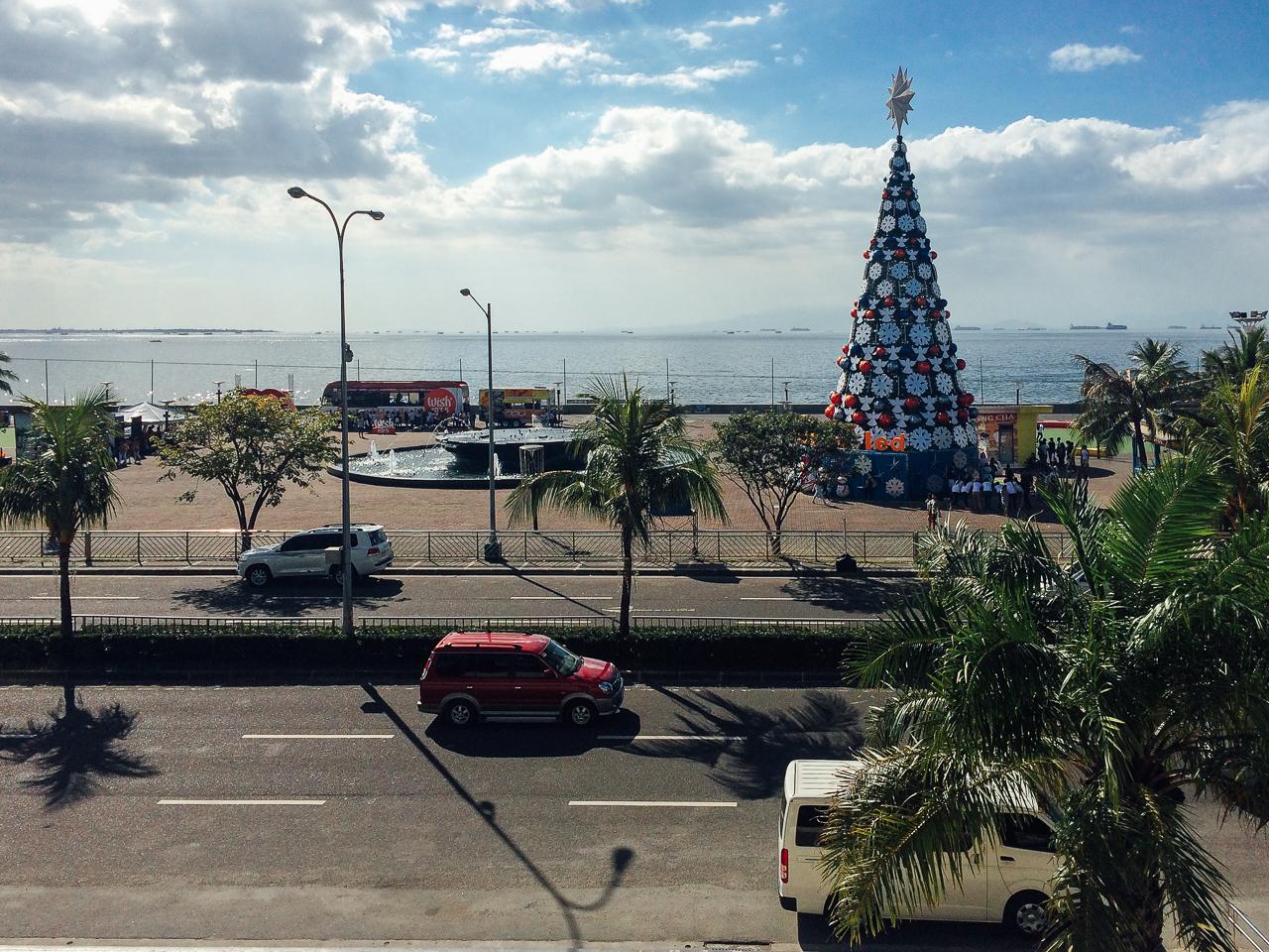 Путешествие по Филиппинам, Манила: Рождество на носу